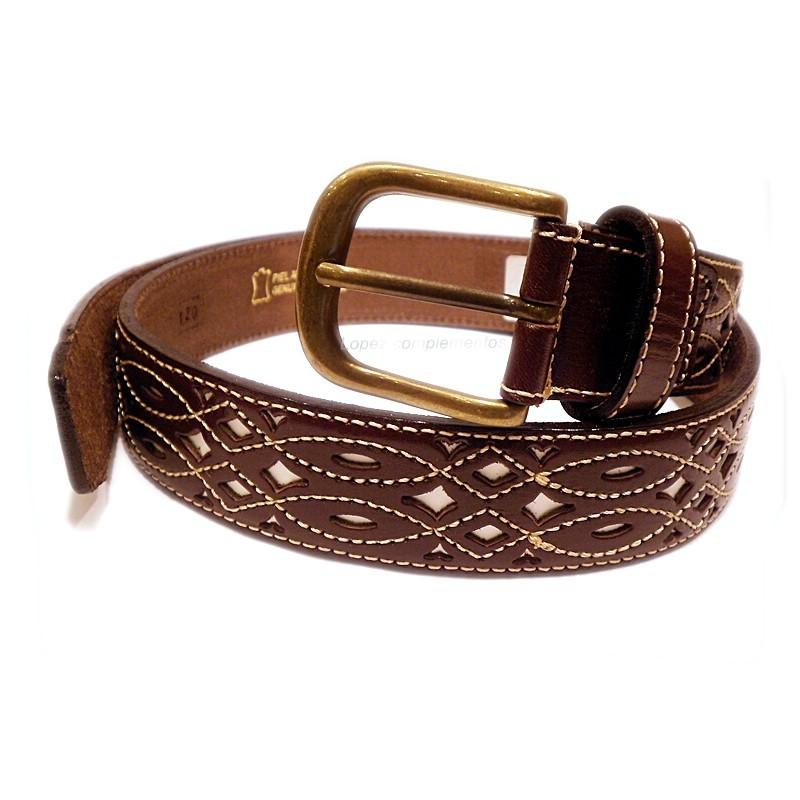 Cinturon de cuero calado marrón